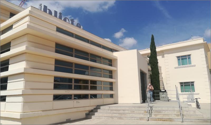 Biblioteca municipal de Quart de Poblet.