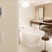 El hotel Six Senses Ibiza instala las pantallas táctiles y el pulsador capacitivo de Zennio
